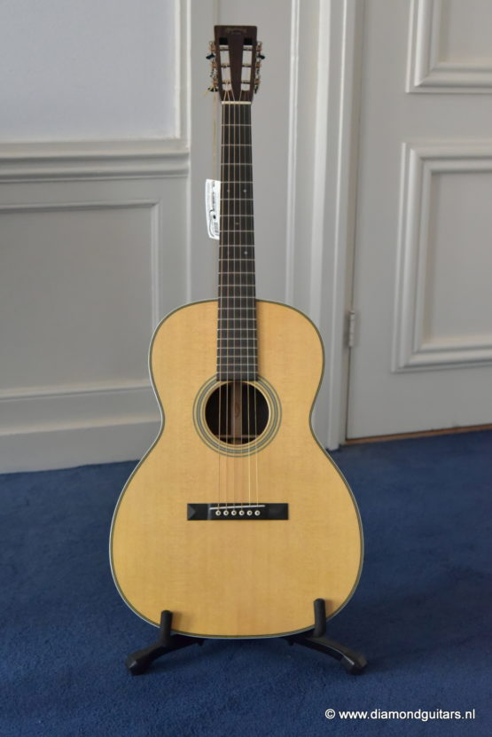 Martin OOO-28vs Marquis East Indian Rosewood - Sitka Spruce (SOLD)