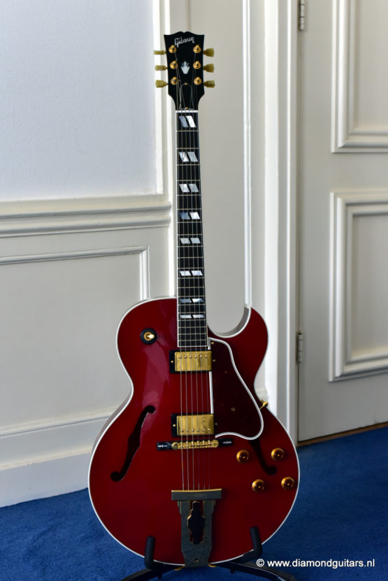 image of Gibson L-4 CES