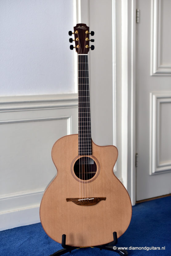 Lowden O25c East Indian Rosewood - Red Cedar (new)