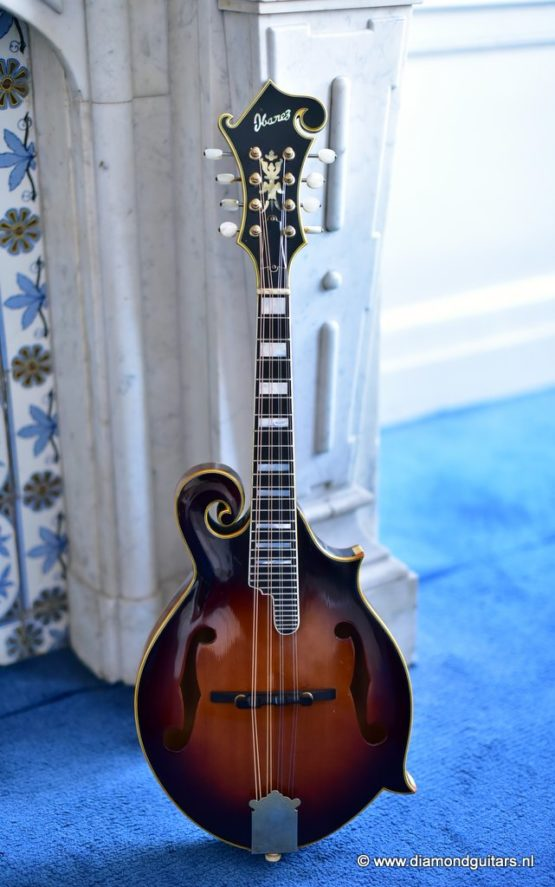 image of Ibanez 523 mandolin