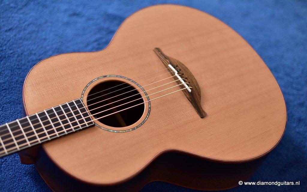 Lowden F35 Bog Oak - Western Red Cedar (new)   Diamond Guitars