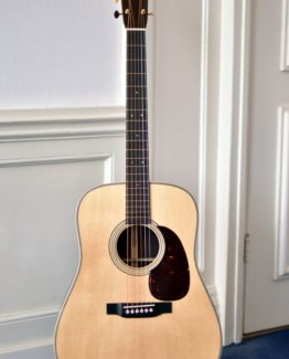 image of martin D-28 Modern Deluxe