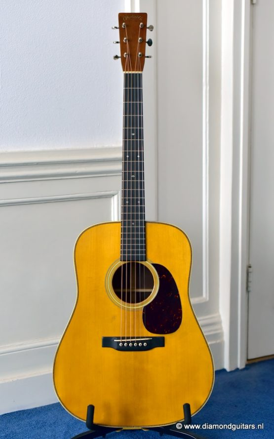 image of Martin D-28 1937 Authentic aged