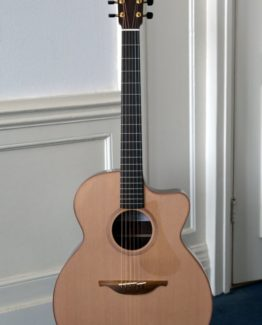 image of lowden o25c