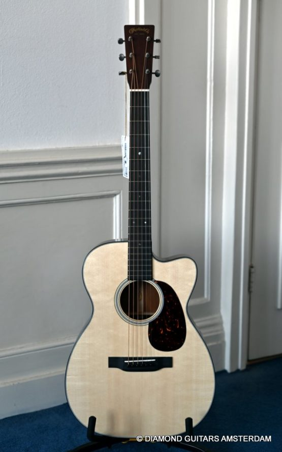 image of martin custom shop 00c