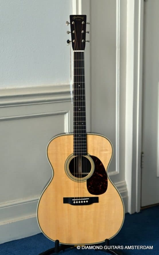 image of Martin 000-28